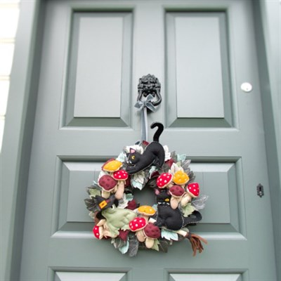 Witches' Friends Autumn Halloween Wreath by ThreadED