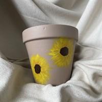 Beige Sunflower Plant Pot gallery shot 1