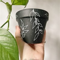 Black Leaf Pattern Terracotta Plant Pot