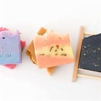 Castorshea Red Velvet Soap Bar (rose)