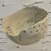 Handmade ceramic bowl - crackled glaze side 3