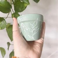 Leaf plant pot & plant friend gift set gallery shot 6