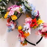 Make Your Own Flower Crown Kit faux flower crowns gallery shot 2