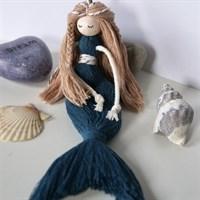 Mermaid Doll Keychain / Macrame Mermaid