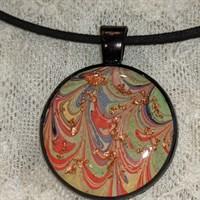 Resin multicoloured pendant