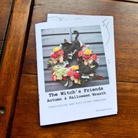 Witches' Friends Autumn Halloween Wreath Sewing Pattern